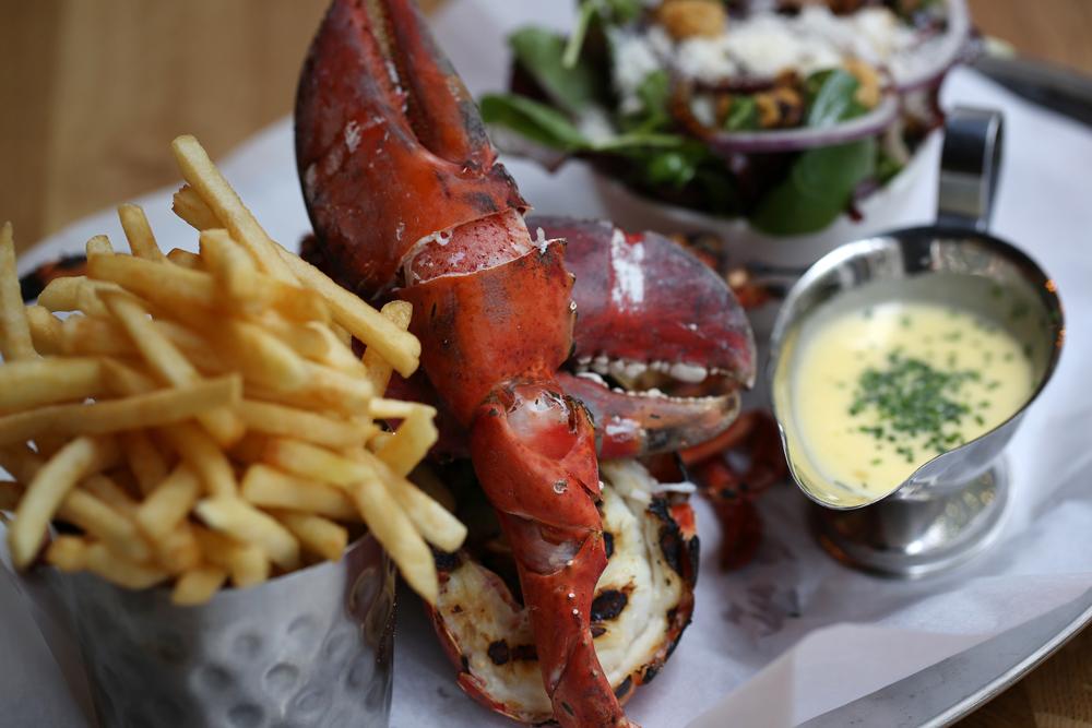 Burger&Lobster-1