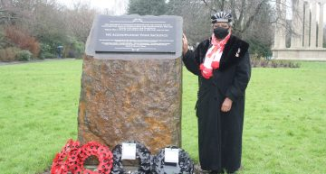 Poppy Wreaths Re-laid At Alexandra Gardens War Memorial